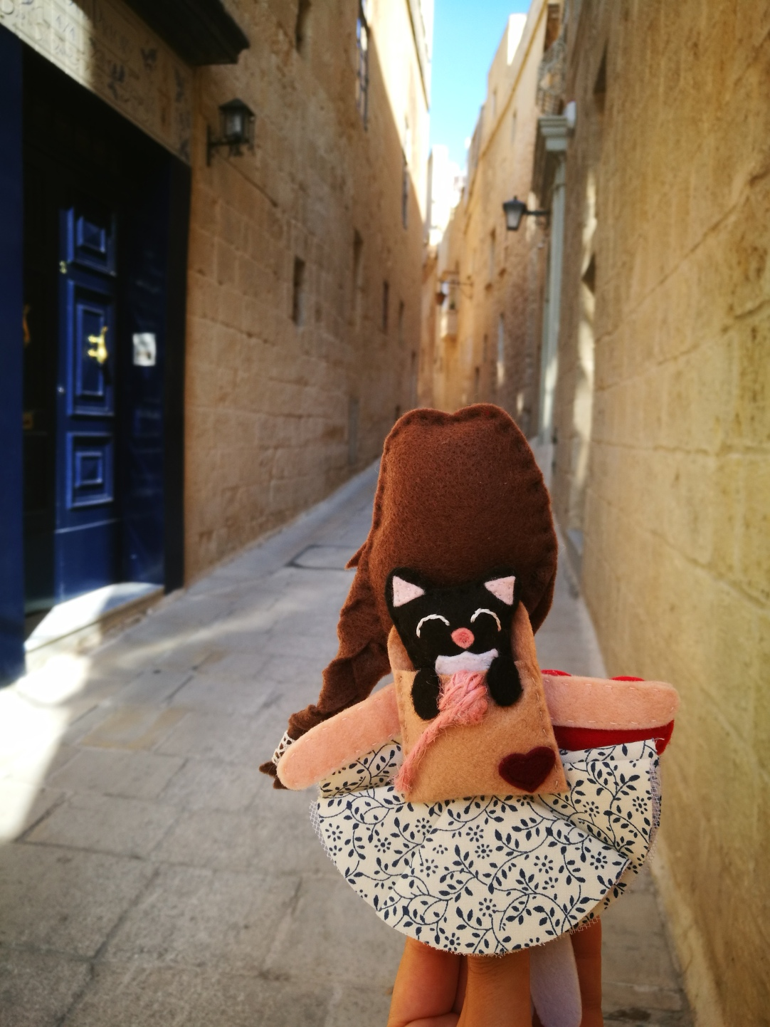 Mdina - Maltese doll and her cat